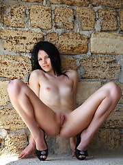 Nichole indulges her fans in a slow and exciting tease, flaunting her slim, slender body, beautiful, puffy breasts and well-toned limbs as she poses a